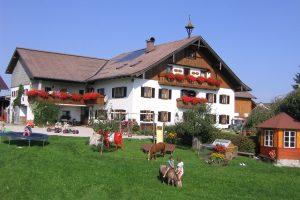 Bauernhof Oberdürnberg mit großem Spielplatz für Kinder